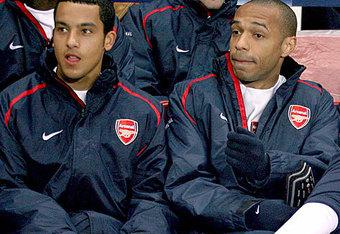 Лондонский Арсенал сегодня собирается встретиться с агентом Тео...