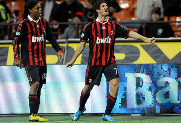 Individual Match Highlights: Ronaldinho & Pato (AC Milan) vs Roma