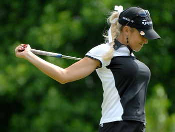 Shoulders: Natalie Gulbis